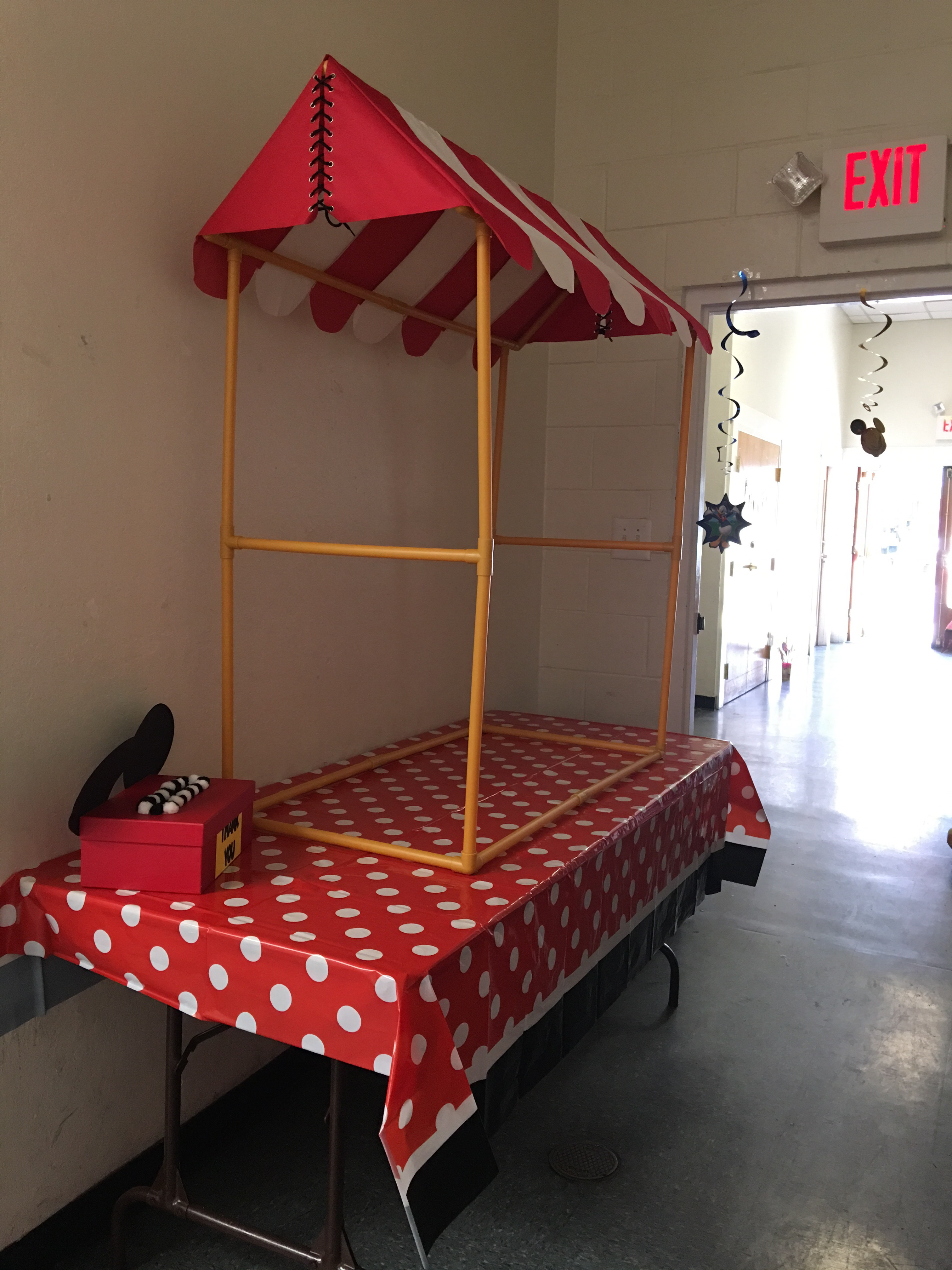 Big Top Table Tent | Table Cloth Target & Romeu0027s Mickey Mouse Birthday Party! | Inspire Her Action